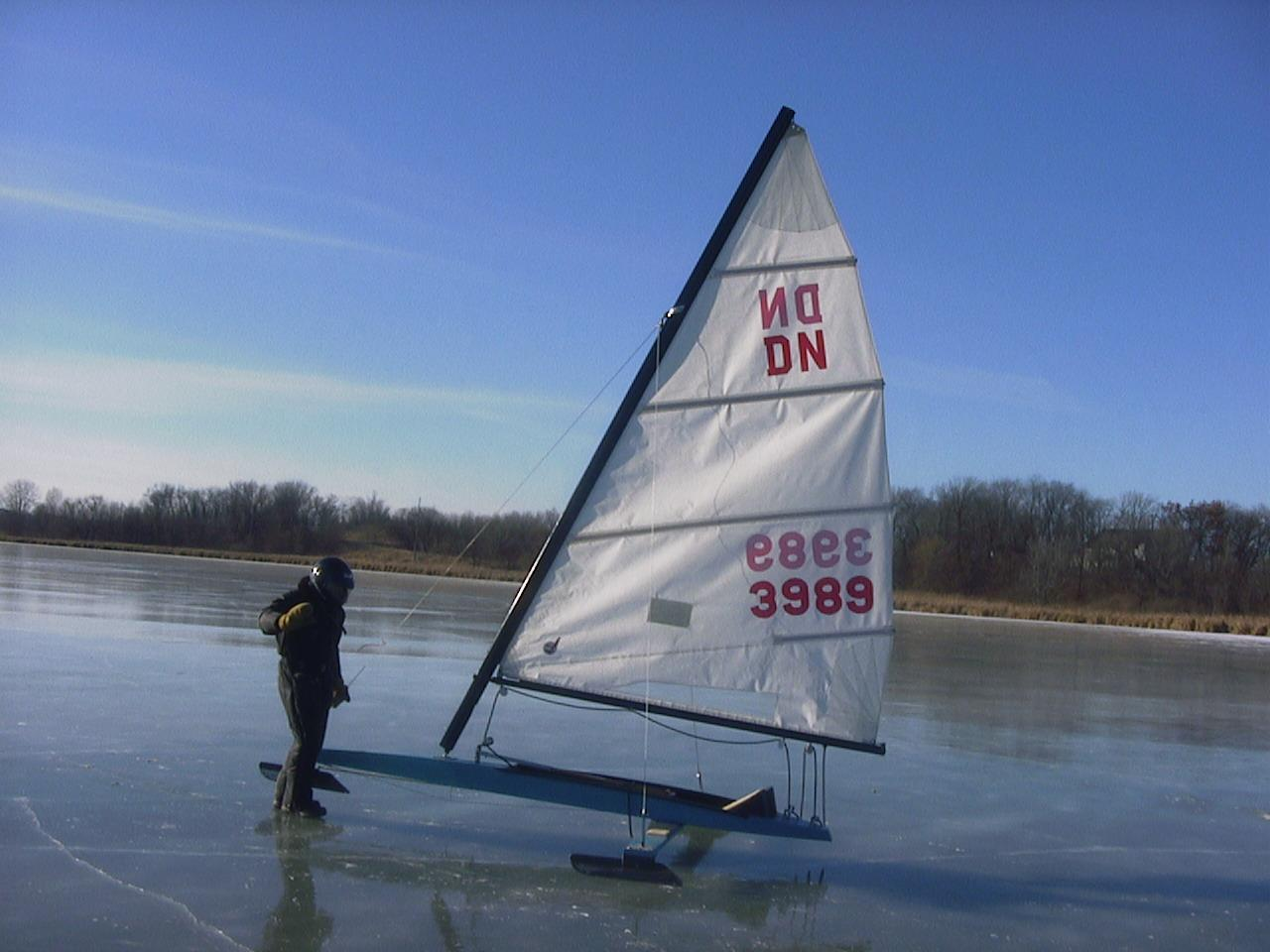 Dn Ice Boat Plans quid us ice circle lake
